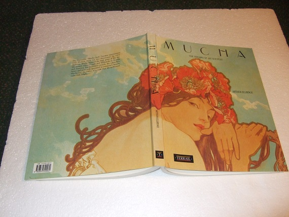 Image for Mucha:  The Triumph of Art Nouveau - 170 Colour Illustrations By Alphonse Mucha  (includes Sculpture / Jewellry / Advertising / Posters. etc)