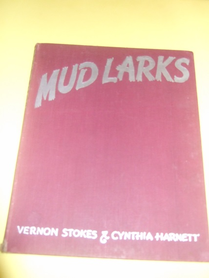 Image for Mudlarks -by Vernon Stokes and Cynthia Harnett